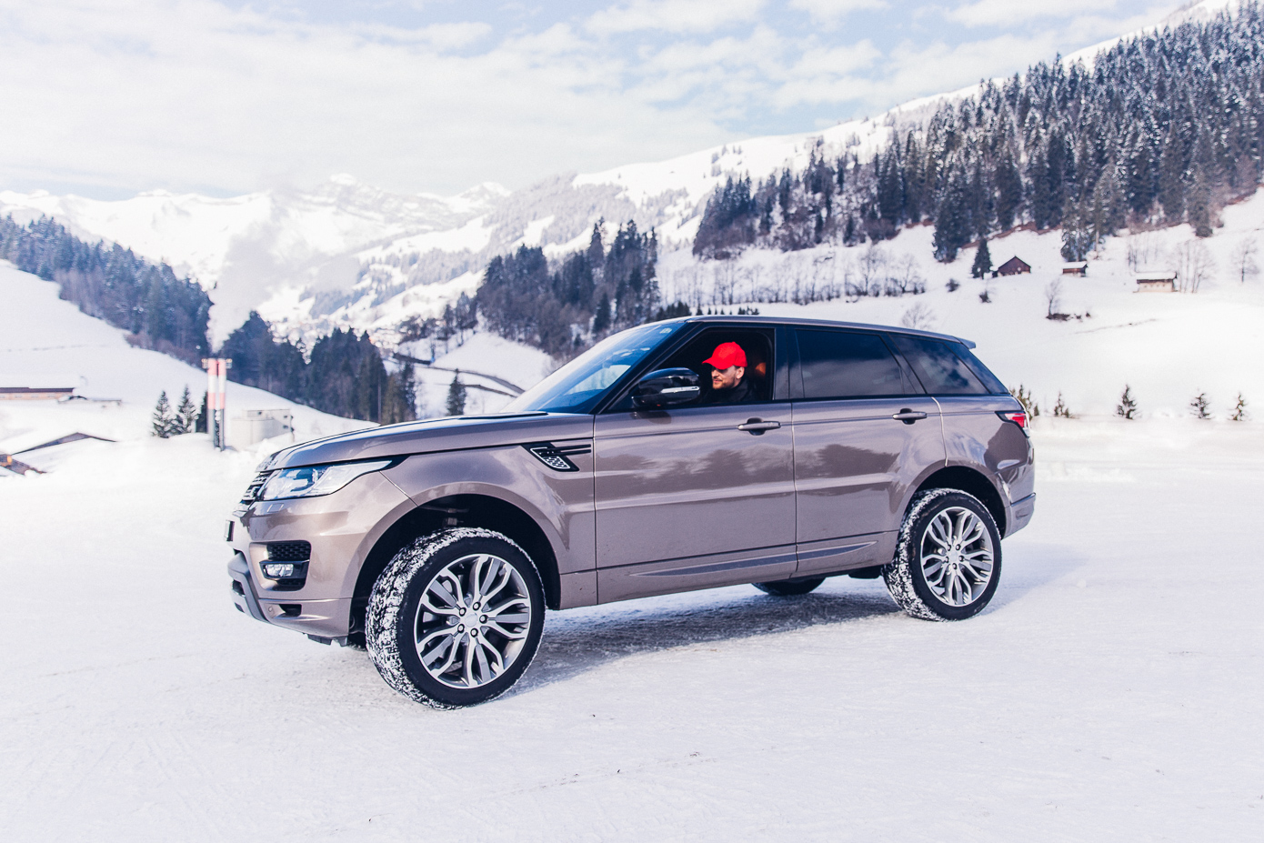 Jaguar & Landrover, icedrive, ice experience, F-Type, Range Rover,